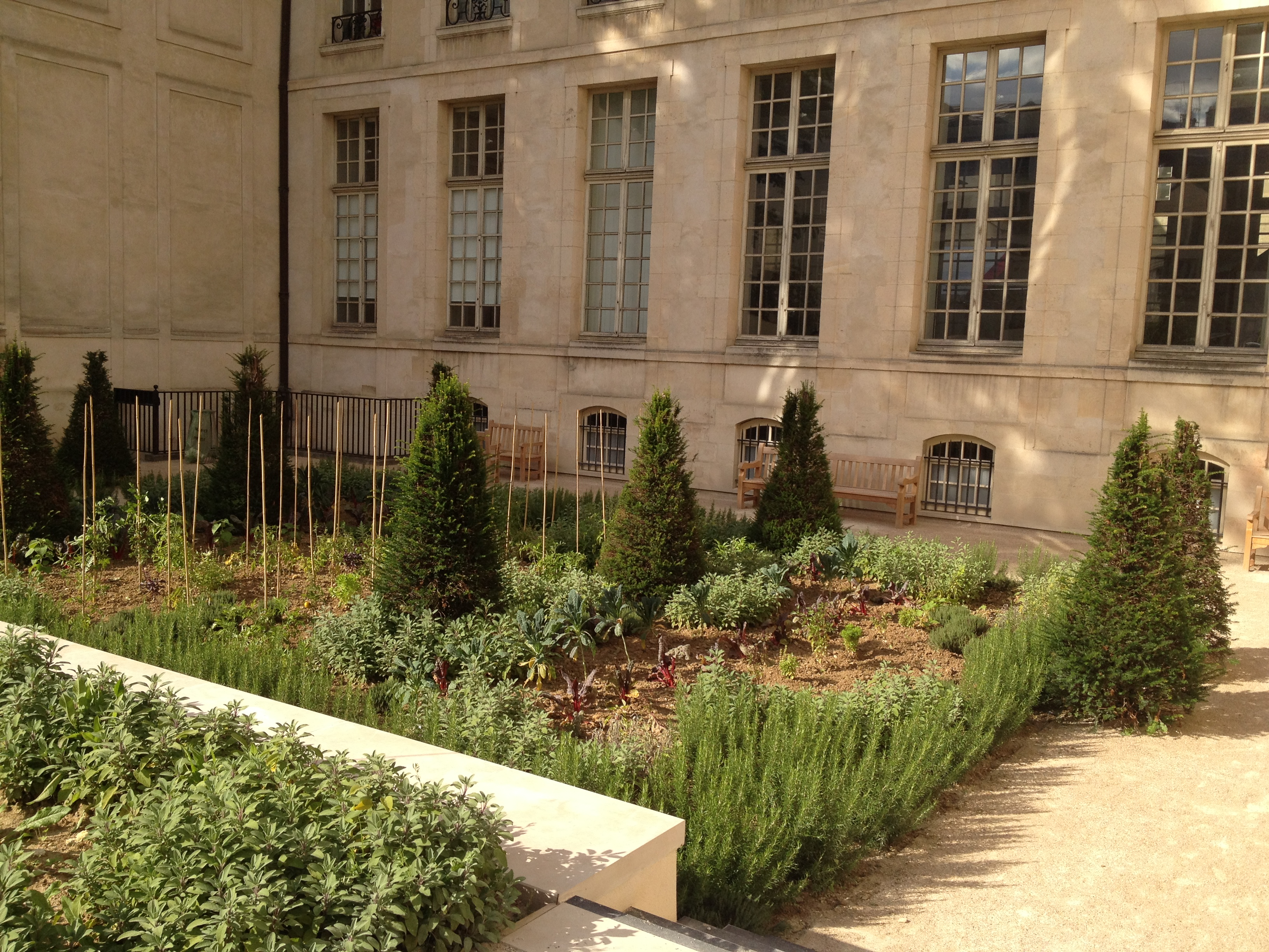 jardin-des-rosiers-1